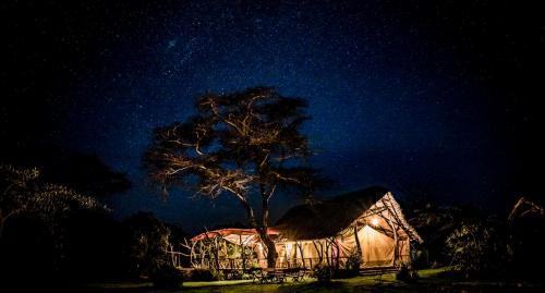Ekorian's Mugie Camp mess tent